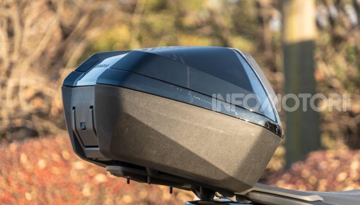 Prova Honda Forza 300, caratteristiche, opinioni e prezzo di uno dei migliori media cilindrata - Foto 25 di 55