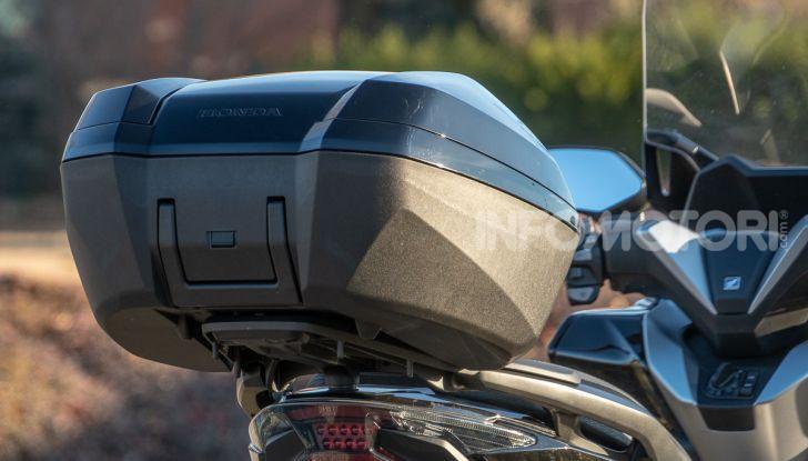 Prova Honda Forza 300, caratteristiche, opinioni e prezzo di uno dei migliori media cilindrata - Foto 29 di 55
