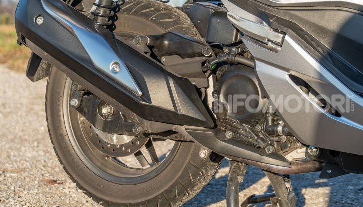 Prova Honda Forza 300, caratteristiche, opinioni e prezzo di uno dei migliori media cilindrata - Foto 32 di 55