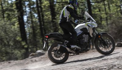 """Prova Honda CB500X 2019: 19"""" all'anteriore, caratteristiche, prezzo e impressioni"""