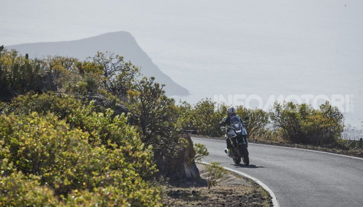 Prova Honda CB500X 2019: 19″ all'anteriore, caratteristiche, prezzo e impressioni - Foto 36 di 42