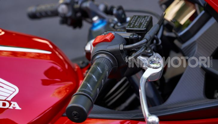 Prova Honda CBR500R e CB500F 2019: caratteristiche, opinioni e prezzi - Foto 56 di 123