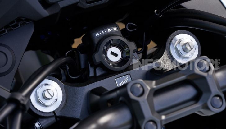 Prova Honda CB500X 2019: 19″ all'anteriore, caratteristiche, prezzo e impressioni - Foto 9 di 42