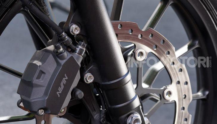 Prova Honda CB500X 2019: 19″ all'anteriore, caratteristiche, prezzo e impressioni - Foto 14 di 42