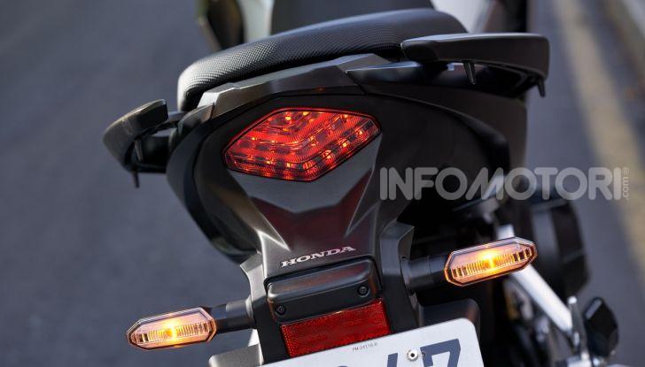 Prova Honda CB500X 2019: 19″ all'anteriore, caratteristiche, prezzo e impressioni - Foto 19 di 42