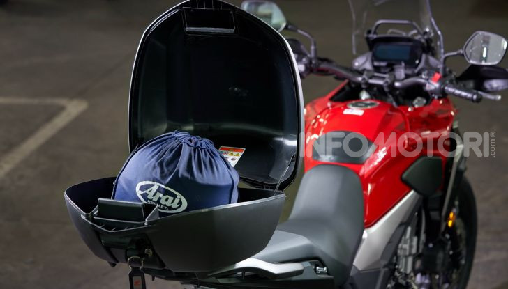 Prova Honda CB500X 2019: 19″ all'anteriore, caratteristiche, prezzo e impressioni - Foto 26 di 42
