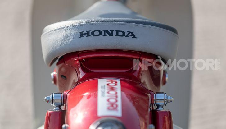 Prova Honda Super Cub C125: caratteristiche, opinioni e prezzi - Foto 4 di 59