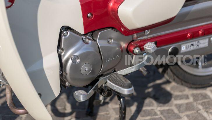 Prova Honda Super Cub C125: caratteristiche, opinioni e prezzi - Foto 21 di 59