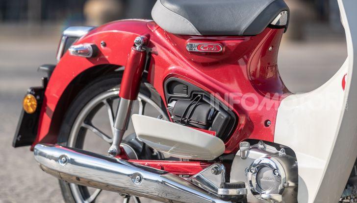 Prova Honda Super Cub C125: caratteristiche, opinioni e prezzi - Foto 24 di 59