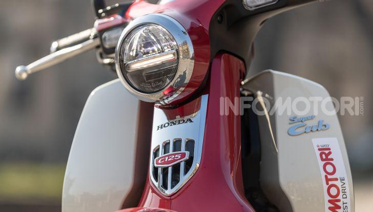 Prova Honda Super Cub C125: caratteristiche, opinioni e prezzi - Foto 28 di 59
