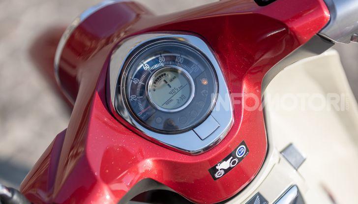 Prova Honda Super Cub C125: caratteristiche, opinioni e prezzi - Foto 33 di 59