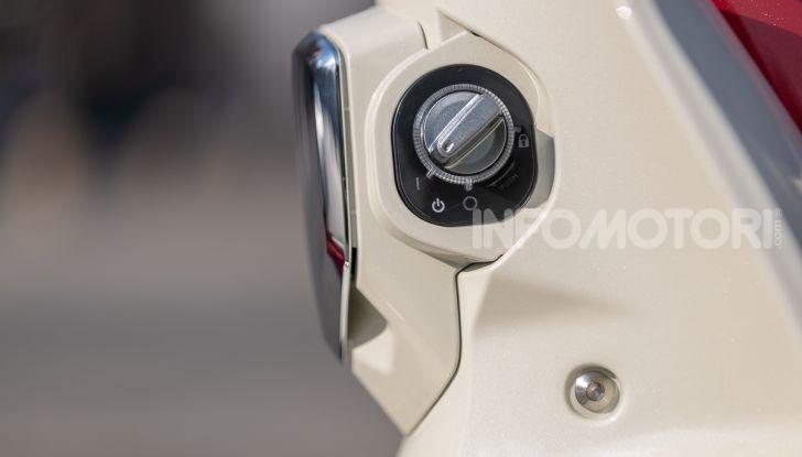 Prova Honda Super Cub C125: caratteristiche, opinioni e prezzi - Foto 35 di 59