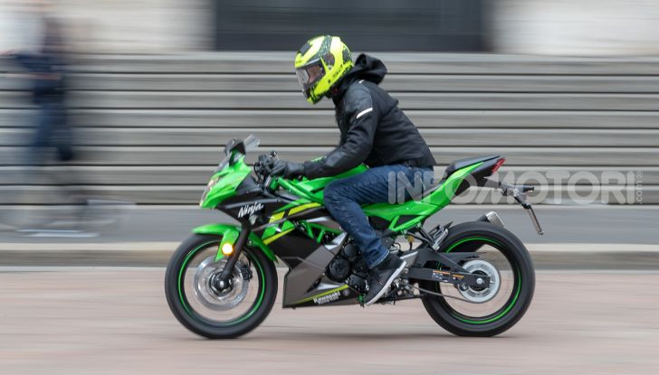 Prova nuova Kawasaki Ninja 125 2019: che bello tornare sedicenni! - Foto 13 di 46
