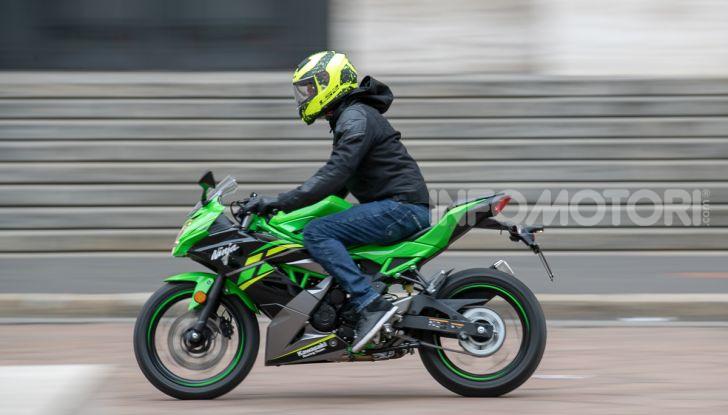 Prova nuova Kawasaki Ninja 125 2019: che bello tornare sedicenni! - Foto 14 di 46