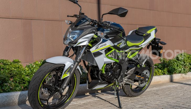 Kawasaki Z125 MY 2019: caratteristiche, opinioni e prezzo - Foto 4 di 43