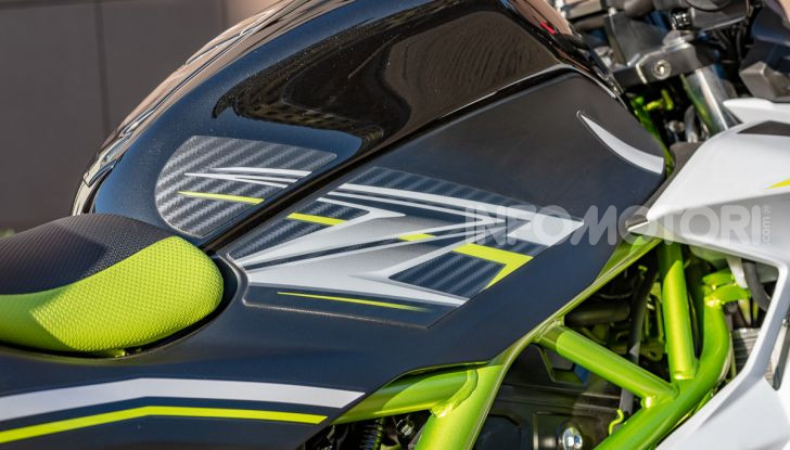 Kawasaki Z125 MY 2019: caratteristiche, opinioni e prezzo - Foto 7 di 43
