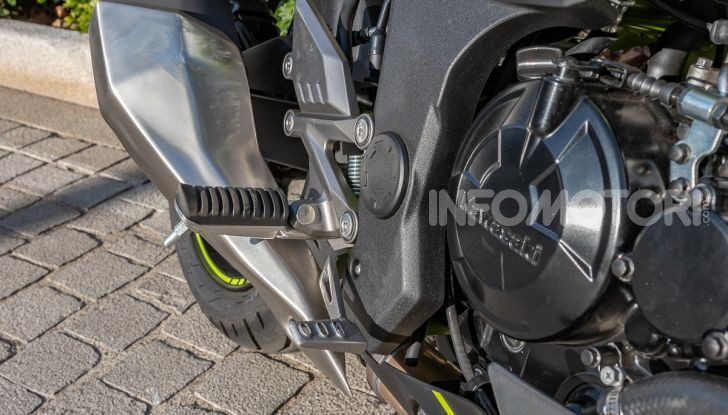 Kawasaki Z125 MY 2019: caratteristiche, opinioni e prezzo - Foto 14 di 43