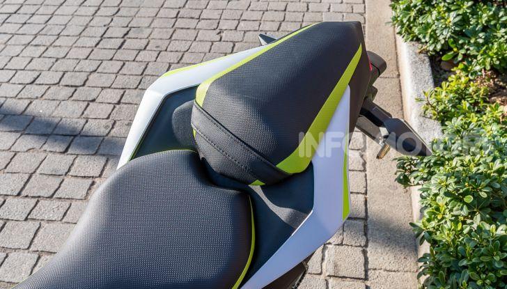 Kawasaki Z125 MY 2019: caratteristiche, opinioni e prezzo - Foto 15 di 43