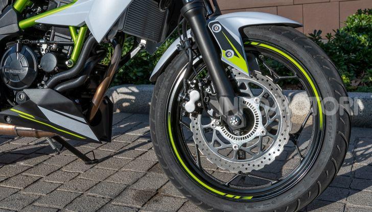 Kawasaki Z125 MY 2019: caratteristiche, opinioni e prezzo - Foto 28 di 43