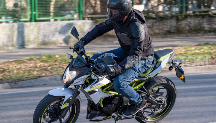 Kawasaki Z125 MY 2019: caratteristiche, opinioni e prezzo - Foto 34 di 43