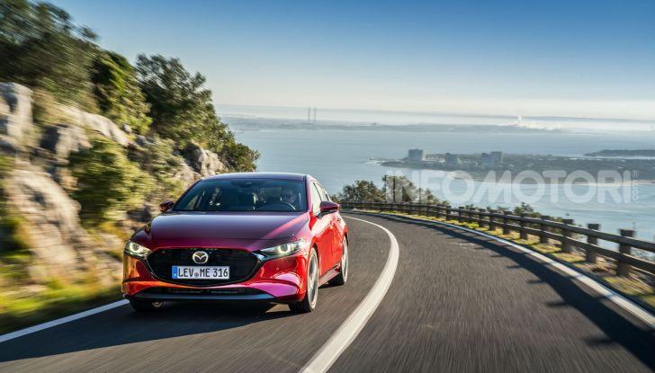 [VIDEO] Nuova Mazda3 2019: prova su strada della berlina giapponese - Foto 2 di 22