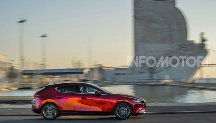 [VIDEO] Nuova Mazda3 2019: prova su strada della berlina giapponese - Foto 7 di 22