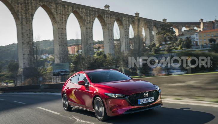 [VIDEO] Nuova Mazda3 2019: prova su strada della berlina giapponese - Foto 8 di 22