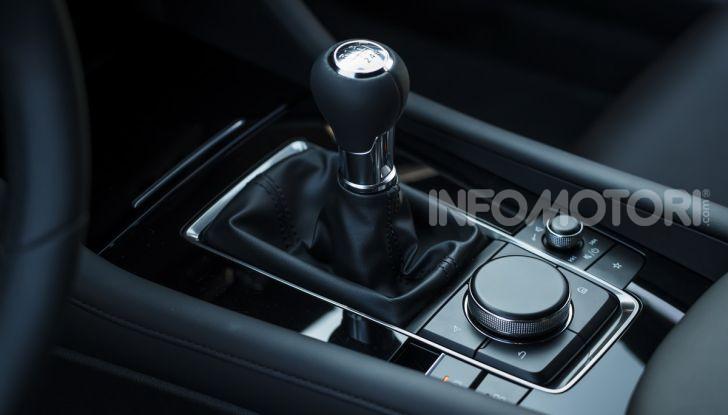 [VIDEO] Nuova Mazda3 2019: prova su strada della berlina giapponese - Foto 11 di 22