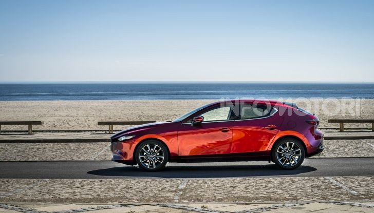 [VIDEO] Nuova Mazda3 2019: prova su strada della berlina giapponese - Foto 18 di 22