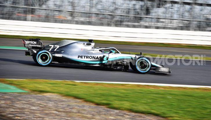 F1 2019: svelata la nuova Mercedes W10 - Foto 2 di 12