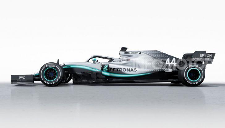 F1 2019: svelata la nuova Mercedes W10 - Foto 3 di 12