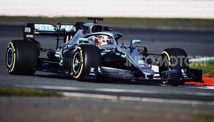 F1 2019: svelata la nuova Mercedes W10 - Foto 5 di 12