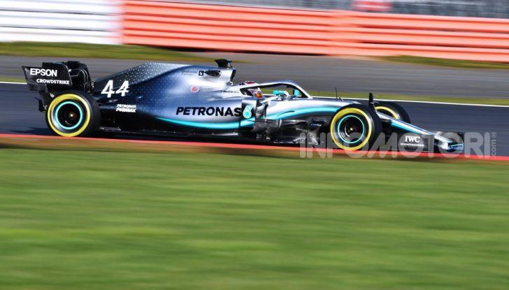 F1 2019: svelata la nuova Mercedes W10 - Foto 9 di 12