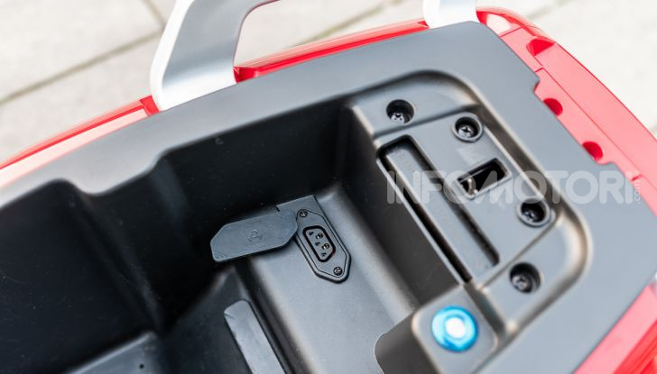 NIU N-Series MY 2019: caratteristiche, dati e prezzo dell'elettrico che promette 70 km di autonomia - Foto 23 di 33