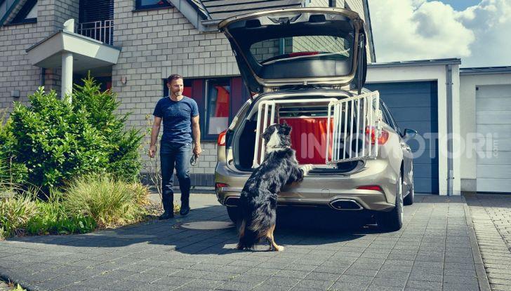 Nuova Ford Focus wagon, sicura per uomini e animali - Foto 3 di 7