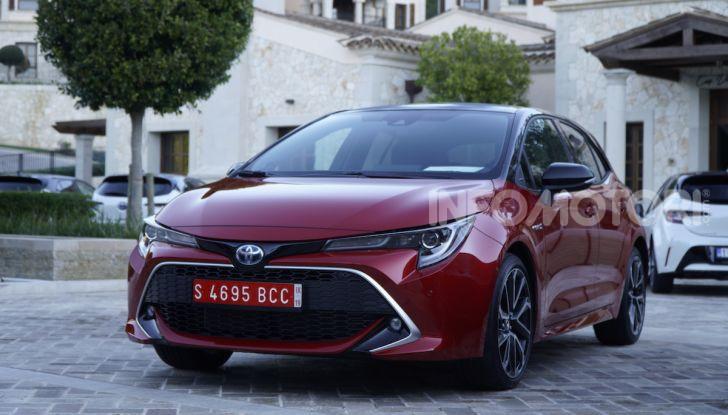 Nuova Toyota Corolla motori, prezzi e prova su strada - Foto 13 di 17