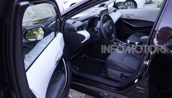 Nuova Toyota Corolla motori, prezzi e prova su strada - Foto 15 di 17