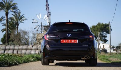 Nuova Toyota Corolla motori, prezzi e prova su strada