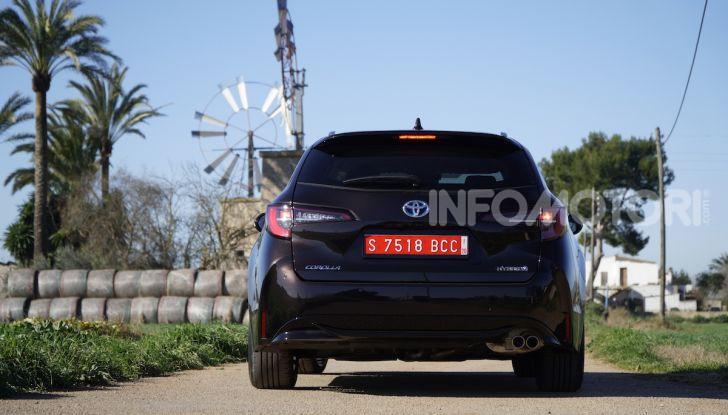 Nuova Toyota Corolla motori, prezzi e prova su strada - Foto 5 di 17