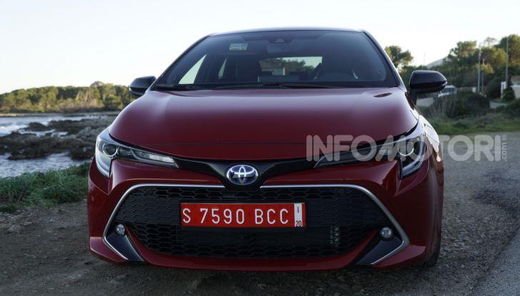 Nuova Toyota Corolla motori, prezzi e prova su strada - Foto 8 di 17