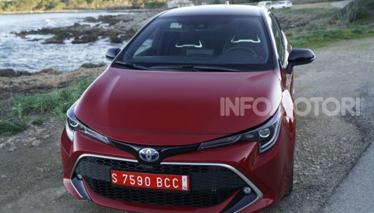 Nuova Toyota Corolla motori, prezzi e prova su strada - Foto 10 di 17