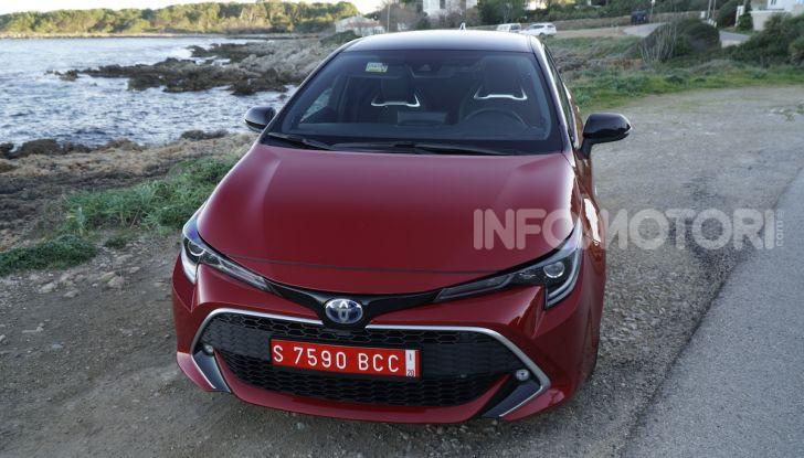 Nuova Toyota Corolla motori, prezzi e prova su strada - Foto 11 di 17