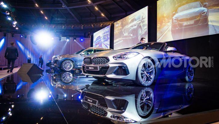 Nuova BMW Serie 3 2019, prova in anteprima, caratteristiche e prezzi - Foto 29 di 38