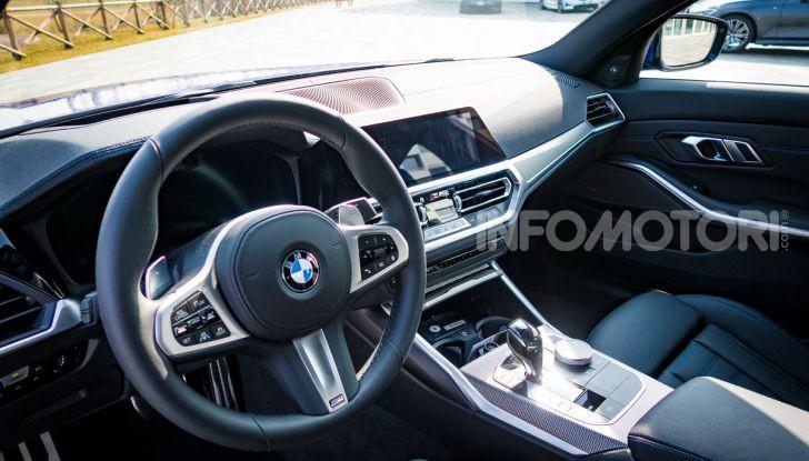 Nuova BMW Serie 3 2019, prova in anteprima, caratteristiche e prezzi - Foto 37 di 38