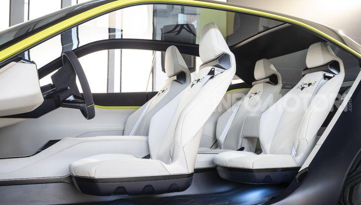 Opel GT X Experimental, il futuro secondo Opel - Foto 10 di 19