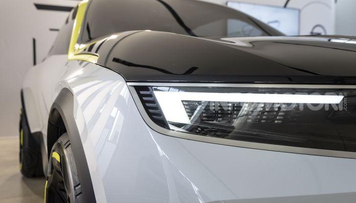 Opel GT X Experimental, il futuro secondo Opel - Foto 12 di 19