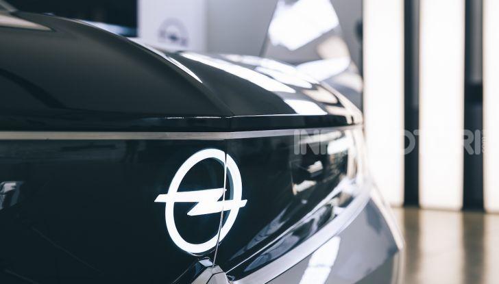 Opel GT X Experimental, il futuro secondo Opel - Foto 7 di 19