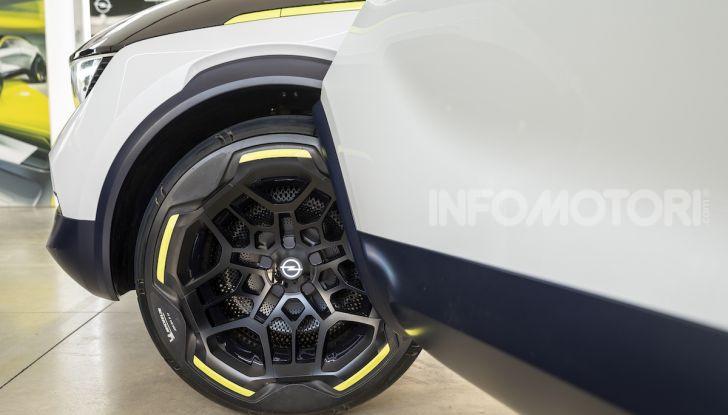 Opel GT X Experimental, il futuro secondo Opel - Foto 15 di 19