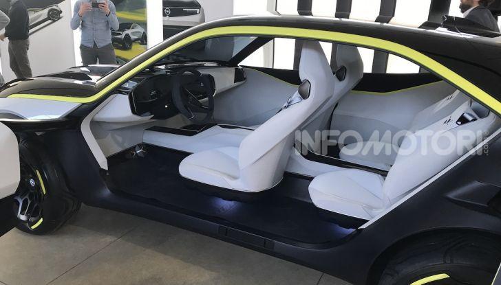 Opel GT X Experimental, il futuro secondo Opel - Foto 18 di 19