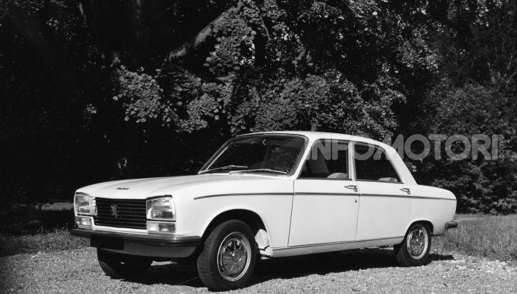 Peugeot celebra sei modelli della sua storia al Salone Rétromobile di Parigi - Foto 11 di 15